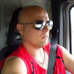 Dejv2013's avatar