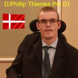 DJPhillipi'm handicapped's avatar